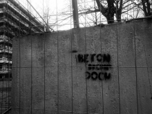 "Partially beautiful: The ever returning message of the Campus ""Beton brennt doch!"" (""concrete does burn"")."